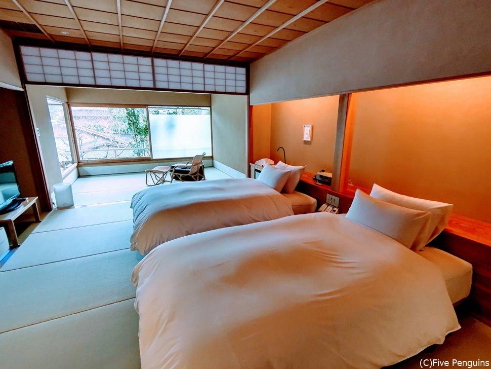 撫子の部屋の18畳もある寝室