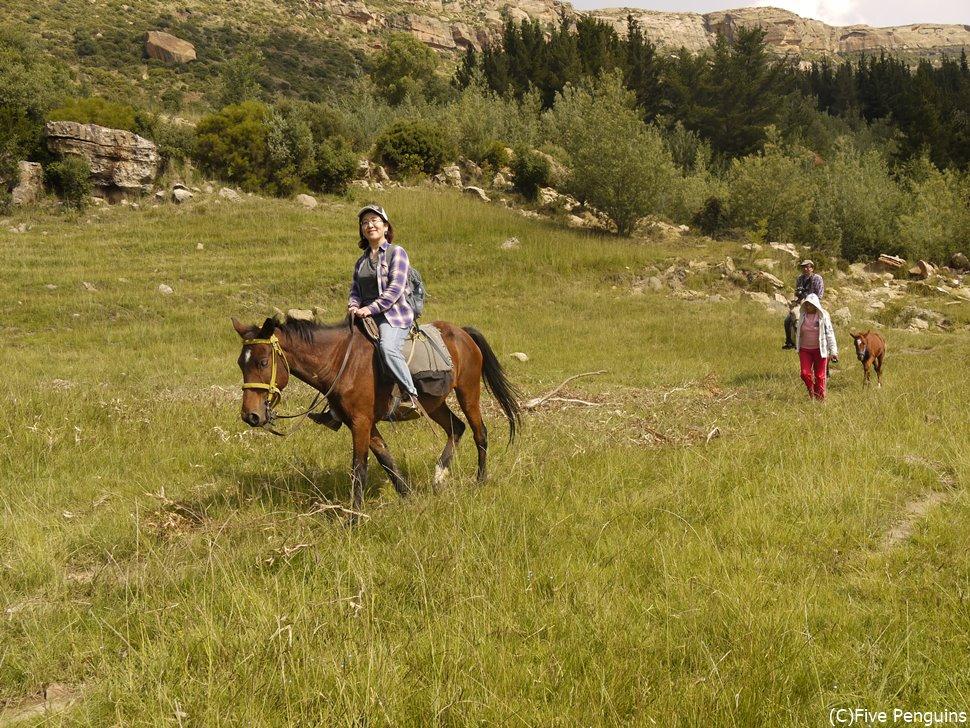 モリジャ村で乗馬体験