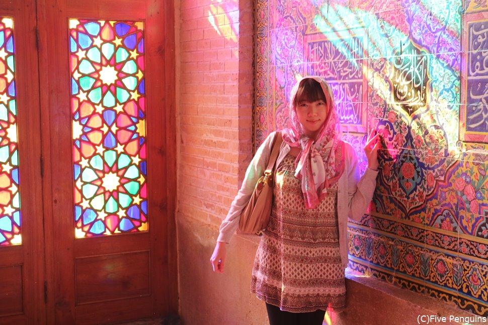 イランでは日本にはない柄のスカーフがいろいろあってワクワクします♪
