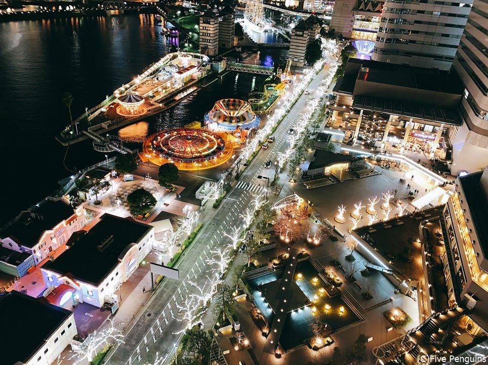 眼下に広がる横浜の街。スマホを落とさないよう注意!