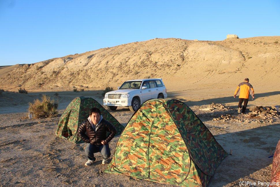 夏の暖かい時期は、湖畔にキャンプでBBQ