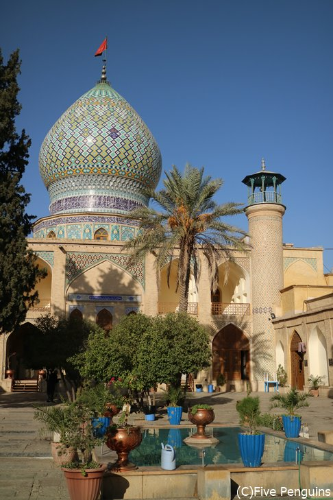 アリー・エブネ・ハムゼ聖廟