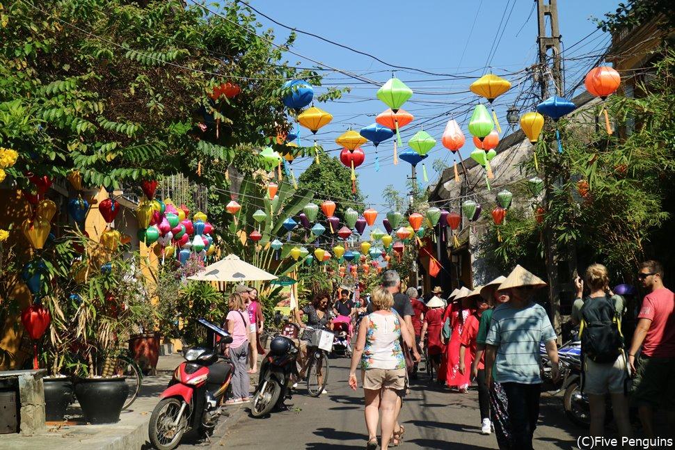 日本から直行便も飛んでおり、人気の旅先・ベトナム