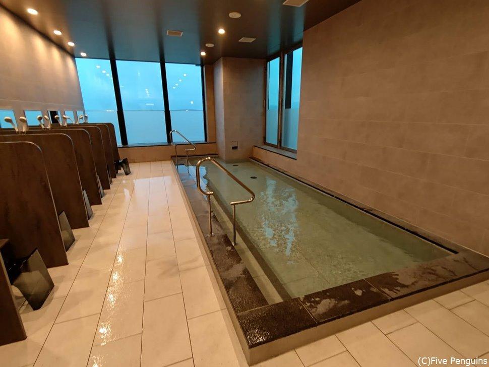 屋上のSPAの中にある男女別大浴場