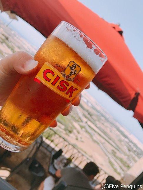 マルタのシスクビールはレストランで飲んでも5€ほど。
