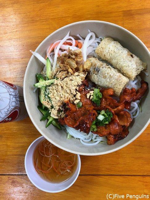 ベトナムつけ麺「ブン・チャー・ティット・ヌン」