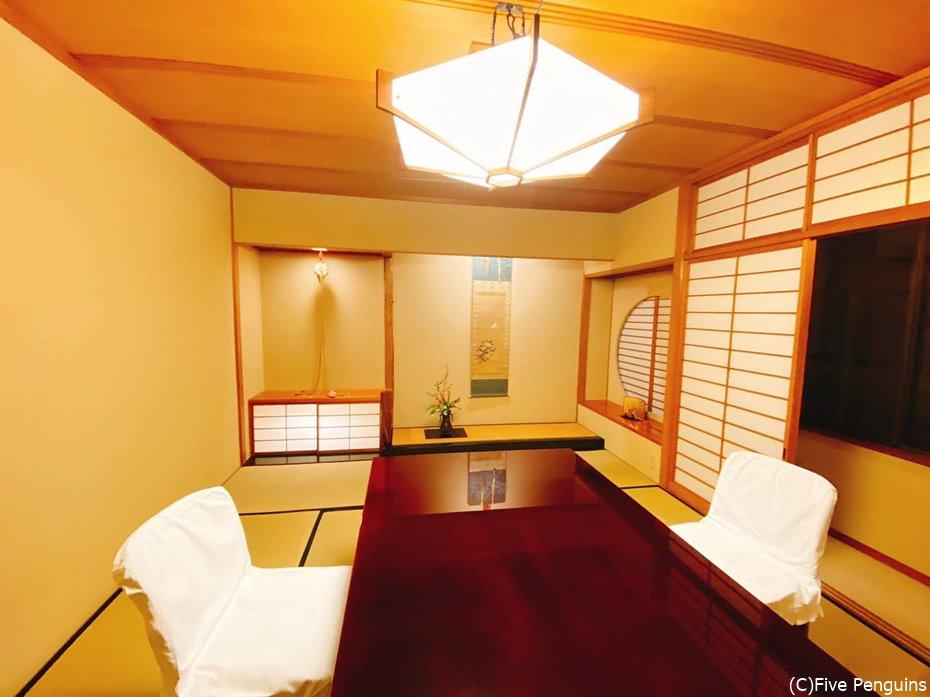 人数次第で個室も5部屋ある