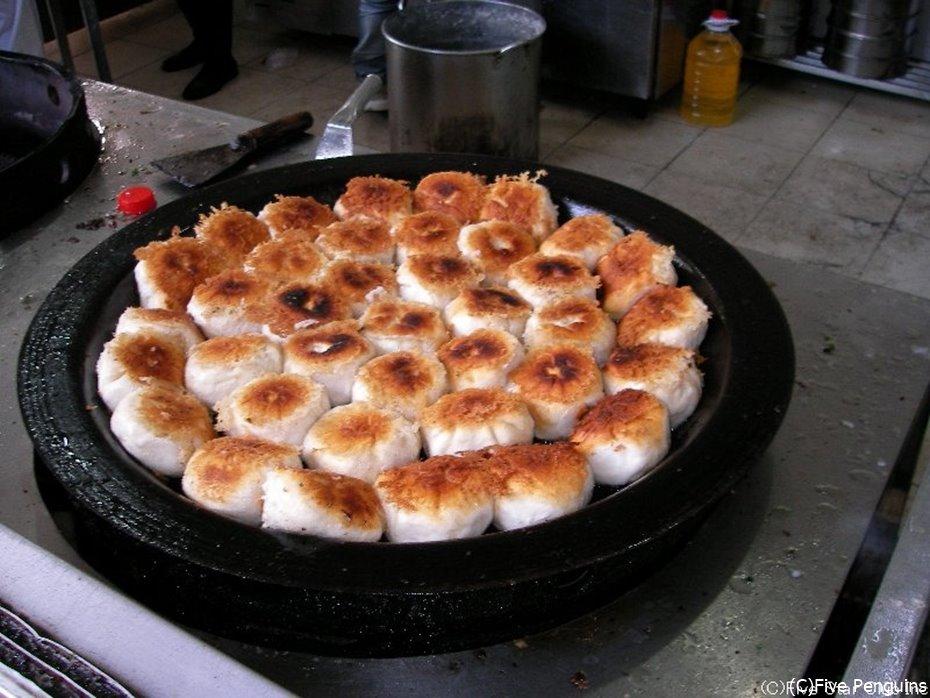 上海人の定番朝ごはん【焼き小籠包】