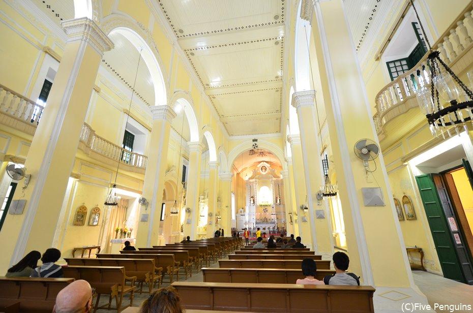 内装も美しい聖ドミニコ教会