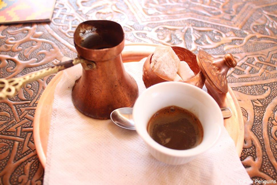 ボスニア風コーヒーでひと休みを!