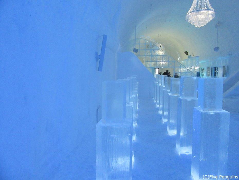 氷の宮殿?なスウェーデンのアイスホテル