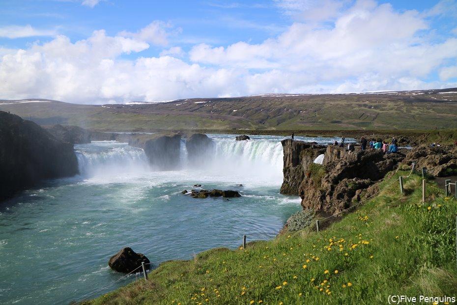 アイスランド ゴーザフォスの滝