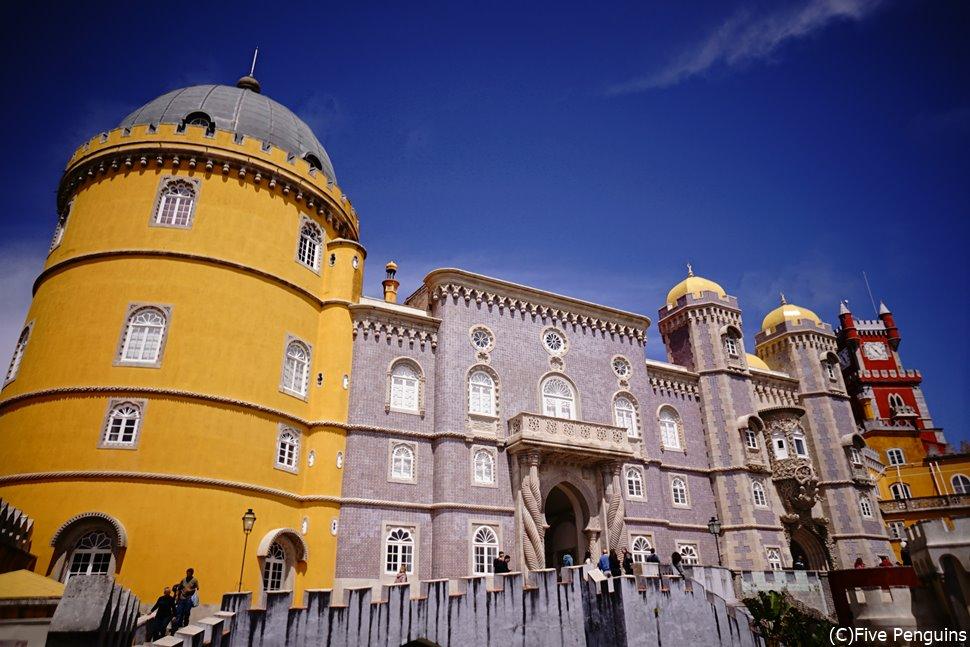 メルヘンチックなペナ宮殿