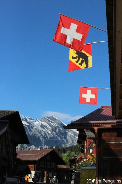 ソーシャルディスタンスとは無縁? スイス ミューレンの風景