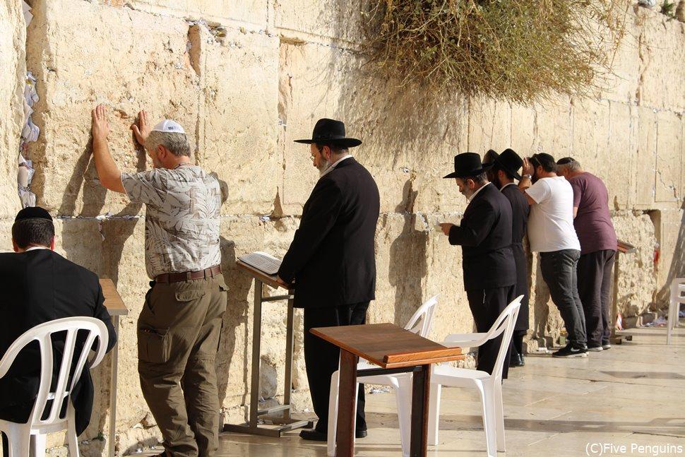 ユダヤ教の聖地である嘆きの壁。