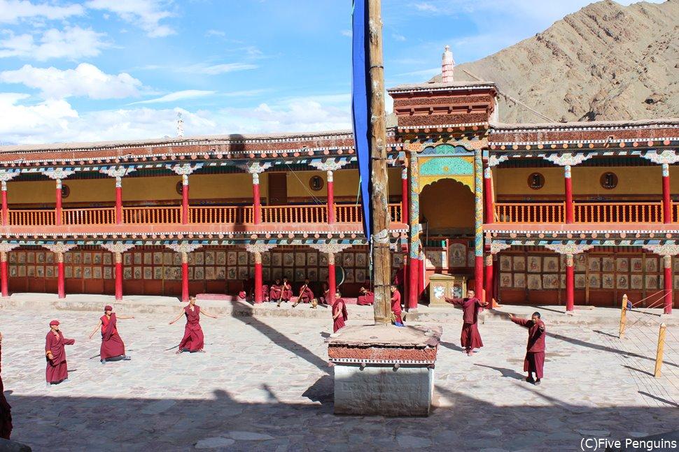 インドの中にあるチベットラダック へミスゴンパ