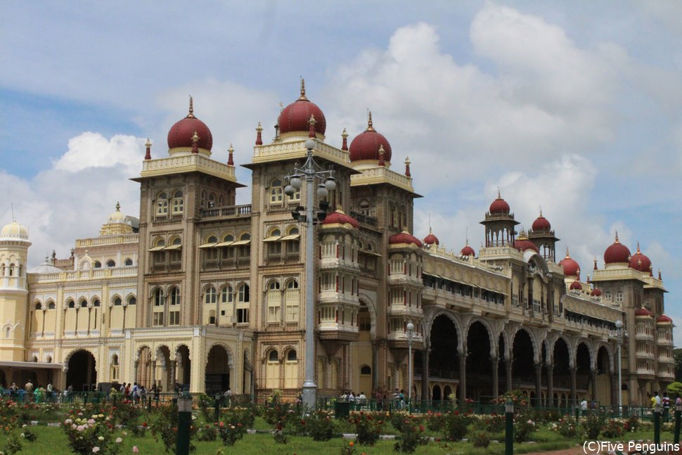 南インドの秘宝!豪華絢爛なマイソール宮殿