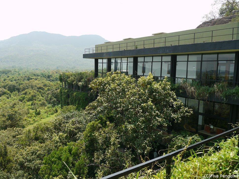 スリランカに来たらバワ建築のホテルに泊まりたい!(ヘリタンス・カンダラマ)