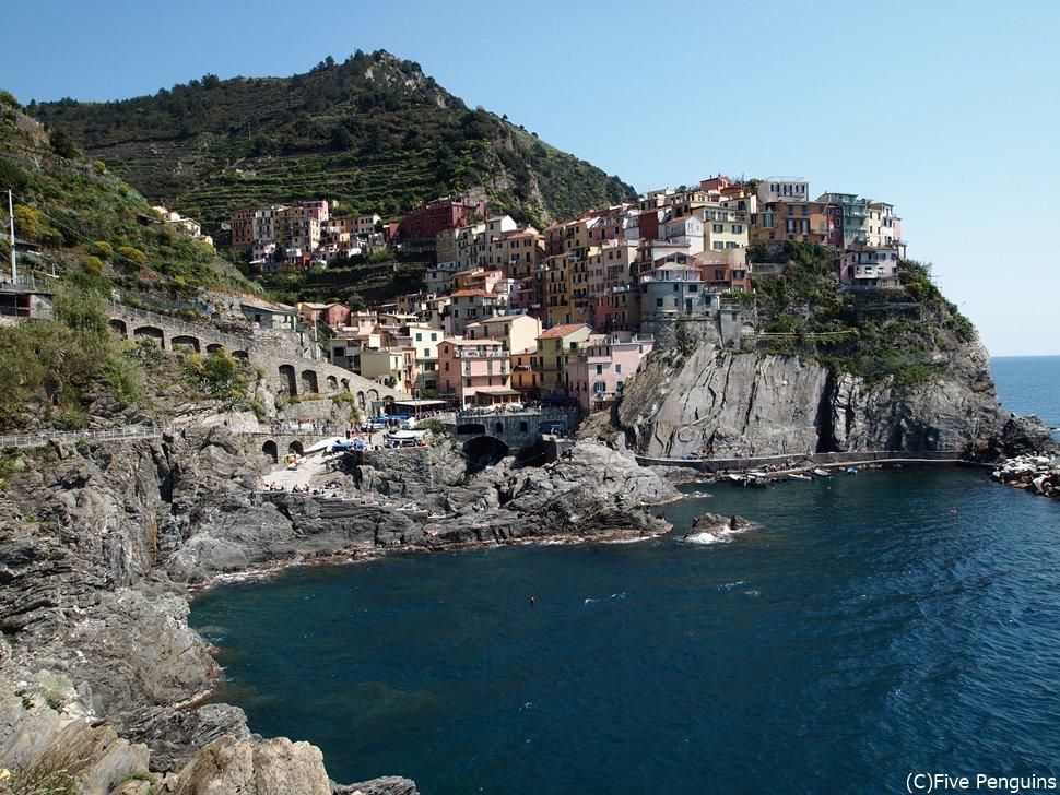 イタリアの秘境チンクエ・テッレのカラフルな村へ大冒険!