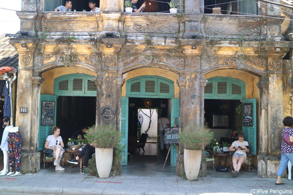 古き良き時代の趣のある建物が並ぶホイアンの街もやっぱり行きたい!