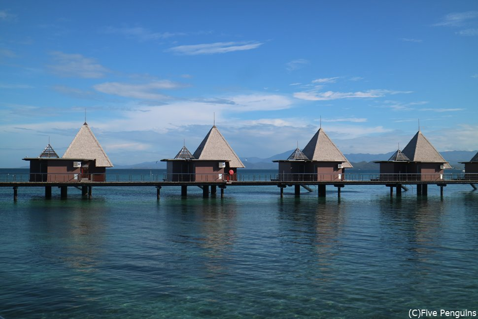 メトル島にあるニューカレドニア唯一の水上コテージ