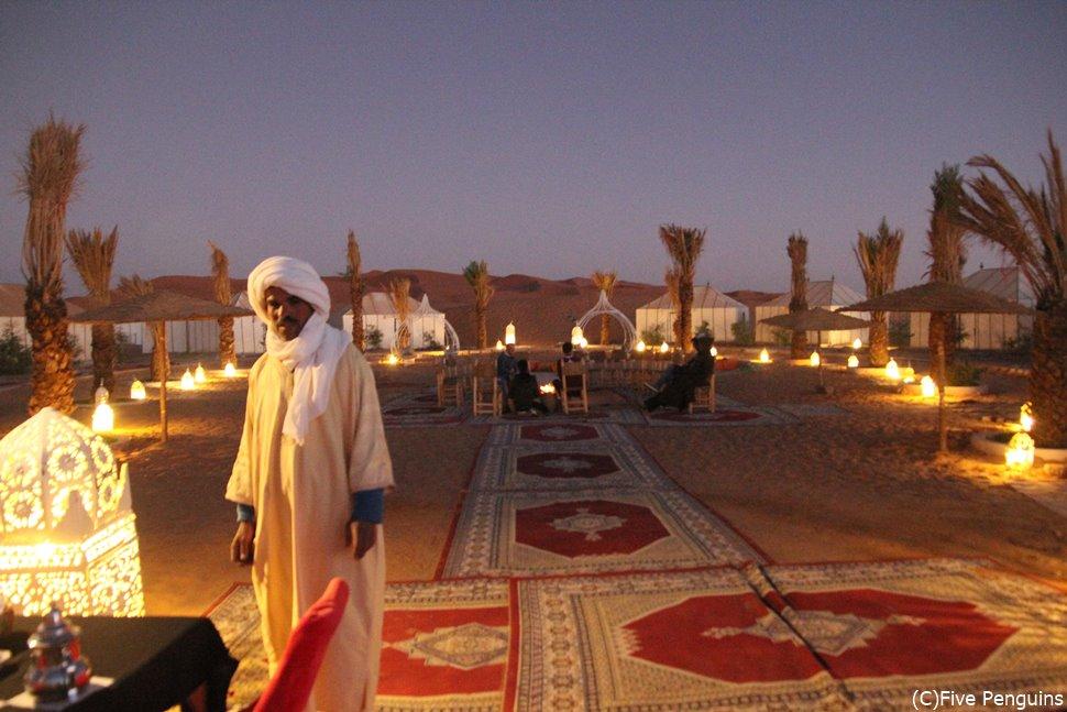 砂漠キャンプって大変と思うでしょう?実際は驚くほど快適なんですよ。