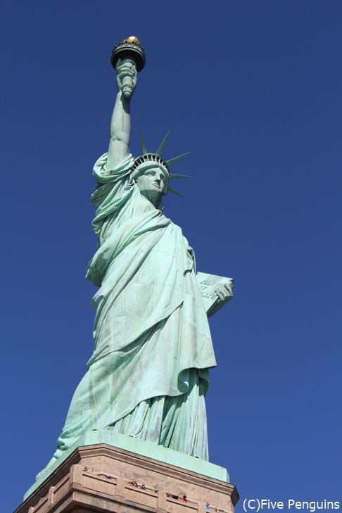 自由の女神<ニューヨーク>