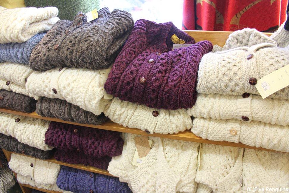 名産手編みのセーターはアラン諸島だけでなくゴールウェイでも購入できます