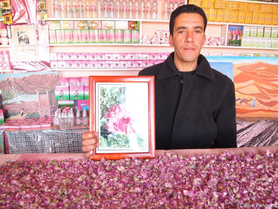 バラの谷にある専門店はバラ天国。