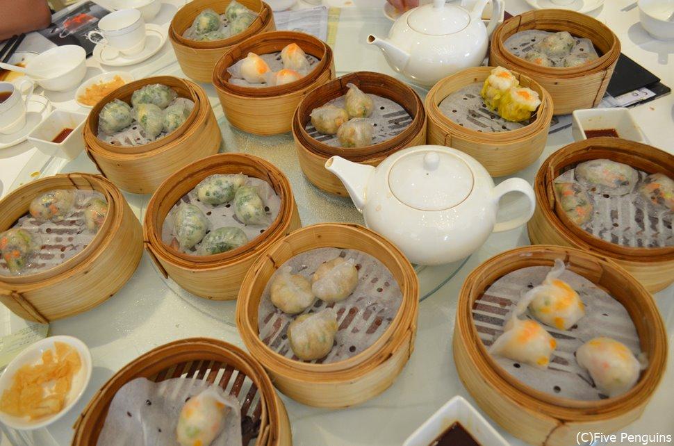 キャセイ航空は中国各地へ就航しているので途中香港グルメを楽しんでみては?