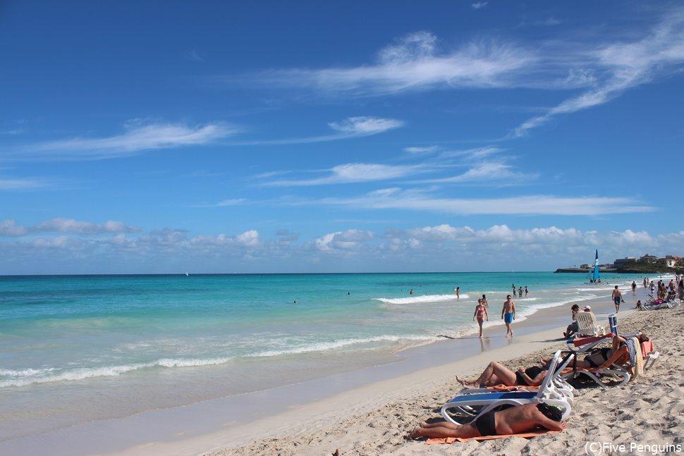 カリブ海のリゾート地、バラデロ。青い海が待ち遠しい。