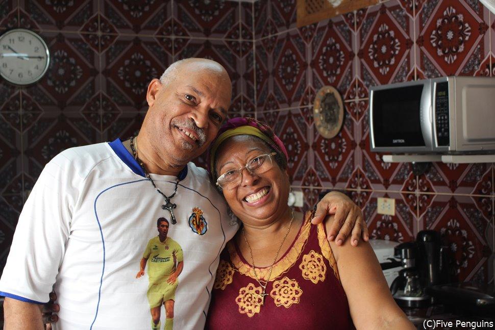 素敵なCubanos(キューバ人)♪カサ・メルセデスにて <ハバナ>