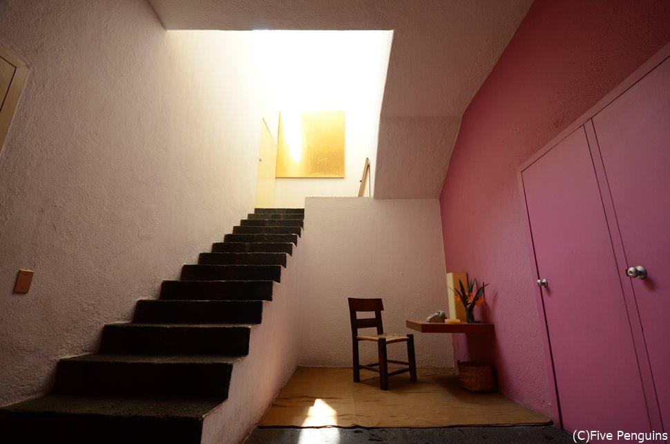 """メキシコのモダニズム建築の巨匠、ルイス・バラガンの""""Casa Estudio Luis Barragán"""""""