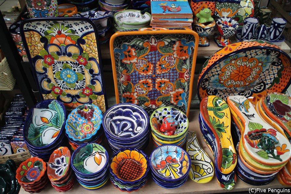 民芸品市場で出会ったタラベラ焼き <サン・ミゲル・デ・アジェンデ>