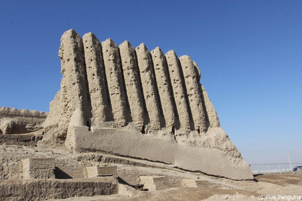 美しい姿 世界遺産 メルヴ遺跡のキズ・カラ