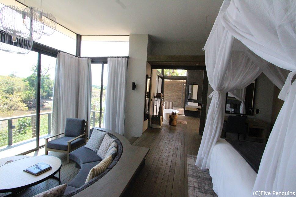 私のイチオシホテル!サンクチュアリーオロナナ(マサイマラ動物保護区)