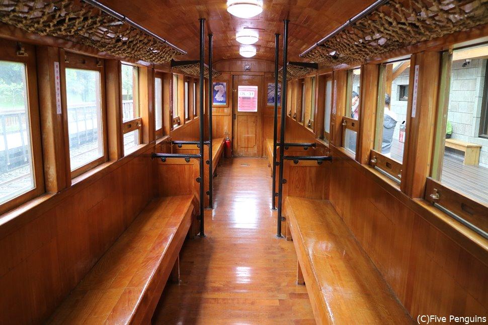 テンション上がる!!阿里山の檜列車