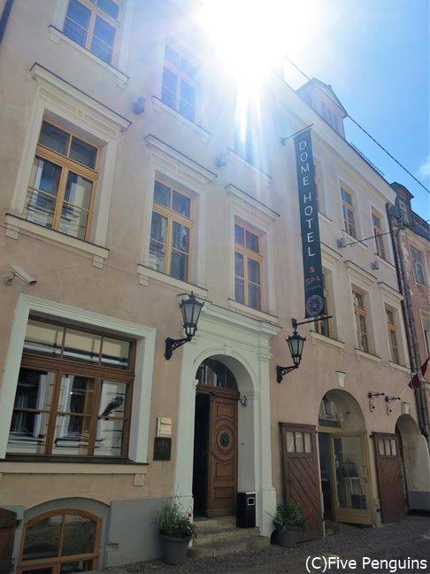 築400年の建物のホテルは、中世のお家のよう。