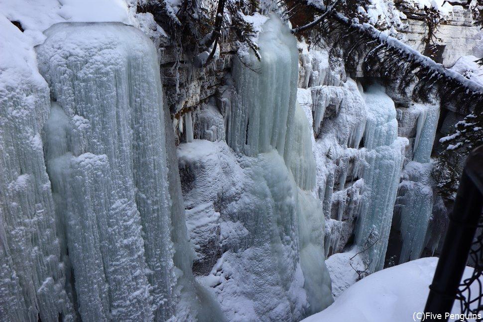 マリーンキャニオンの美しい氷のアート