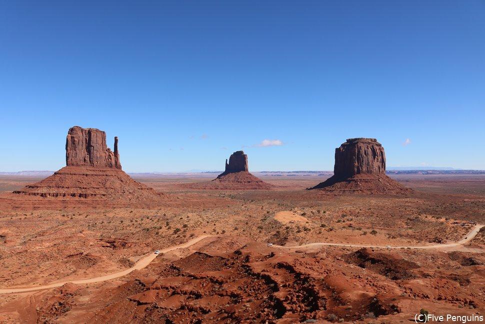 「アメリカの原風景」とも言われるモニュメントバレー