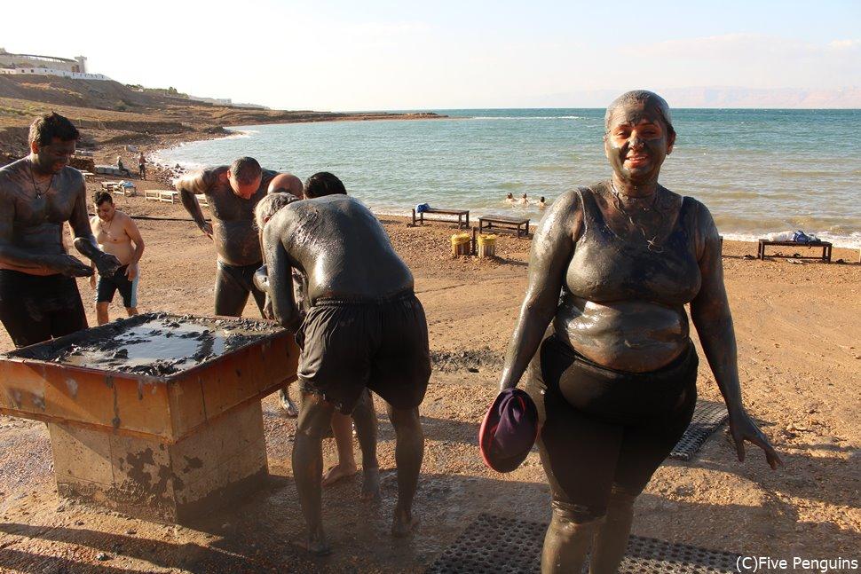 美容効果も高い死海の泥パック