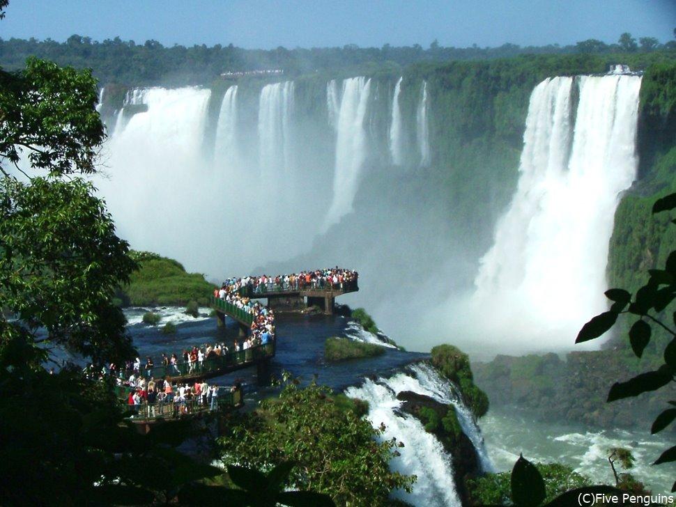 世界一の大瀑布、イグアスの滝(ブラジル側)