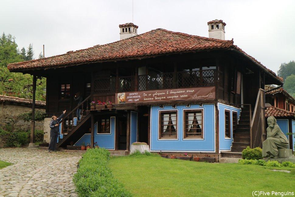 1830年に建築されたデベリャノフの家