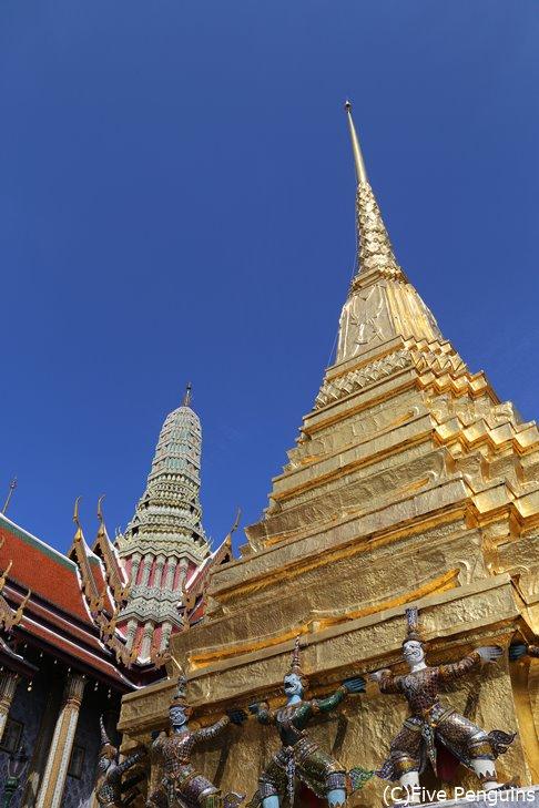 タイにあるエメラルド寺院。ここにエメラルド仏が保管されています。