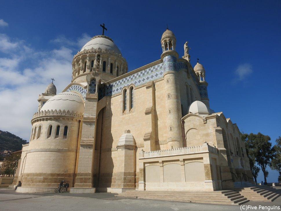 アルジェのノートルダム寺院