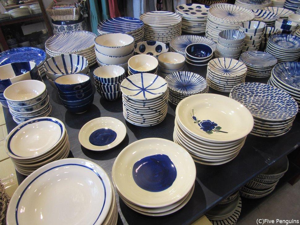 ベトナムはオシャレな陶器もたくさん。お土産にも最適です。