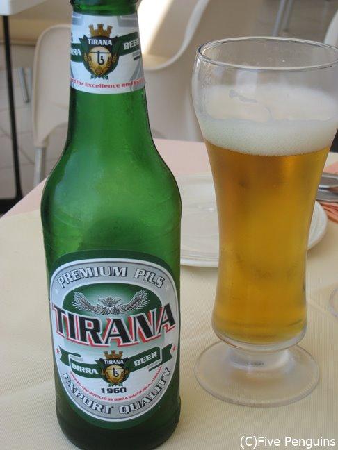 ティラナビールはメジャーなビールのひとつ