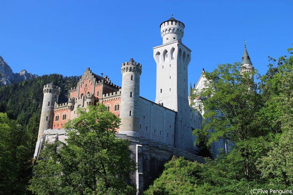 展望広場から見たノイシュヴァンシュタイン城