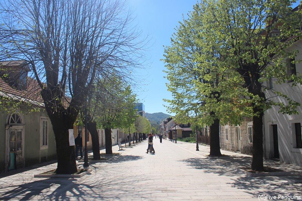 モンテネグロの文化と歴史の中心地・ツェティニエの綺麗な街並み