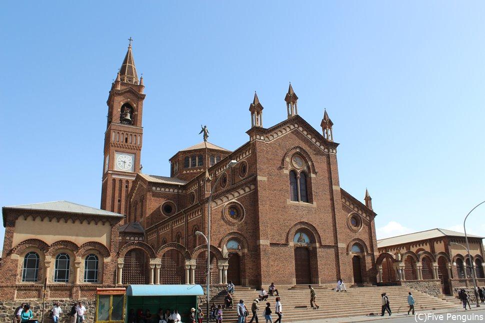 町のランドマーク「アスマラ大聖堂」(エリトリア/アスマラ)